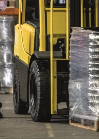 The Trelleborg M2 is designed for demanding materials handling environments.