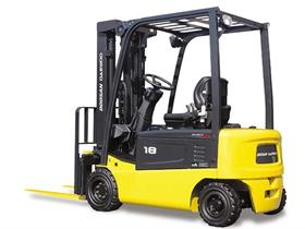 An electric counterbalanced forklift from Doosan Inracore's award-winning Pro-5 series.