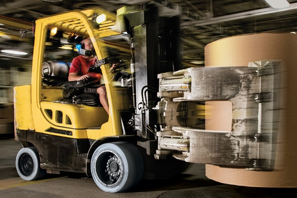 Camso's Solideal PON 775 NMAS forklift tire solutions.