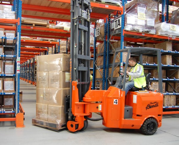Animal Gains Space With Articulated Forklifts News Article