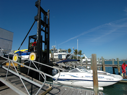 Yacht Clubs of America, Hoist Liftruck complete multi